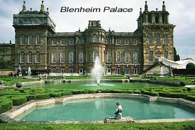 Blenheim Palace is another magnificent venue where Bob has played.
